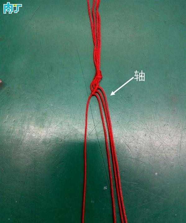 细红绳手链编法图解 简单漂亮的红绳手链编法详细图解教程