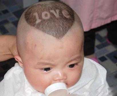 首页 亲子 宝宝喂养   对于很多宝宝来说,剪头发都是一个痛苦的事情.图片