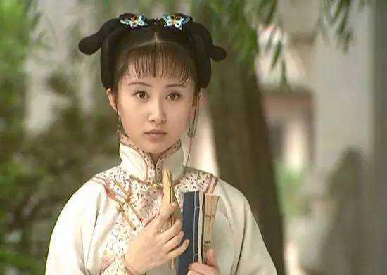 中的八妹梅丽扮演者是舒畅,舒畅视频出身,2003年,舒畅在电视剧《孝庄电视连续剧地雷战童星全集图片