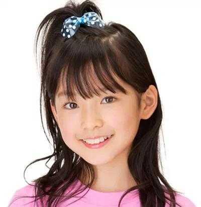 就认为是公主了,简单可爱的小女孩发型宝贝儿们自己也能动手试试!图片