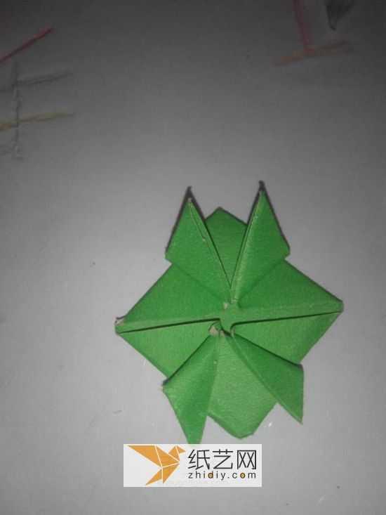 会跳的青蛙怎么折 立体折纸青蛙的新折法